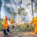 Firesticks Training at Yarrawarra Cultural Centre May 2014 - Burn 3